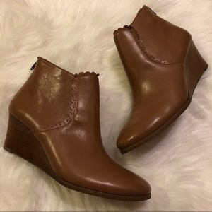 Jack Rogers Emery Wedge Booties in Cognac Size 9